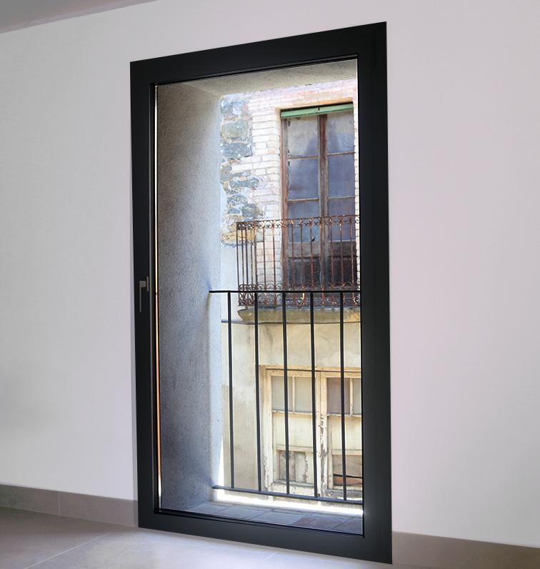 finestra d'alumini practicable